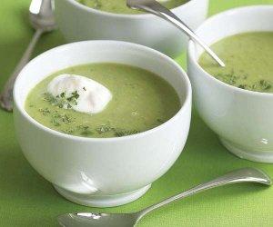 Крем-суп из зеленого горошка с копченой уткой