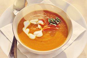 Морковно-сливочный суп-пюре